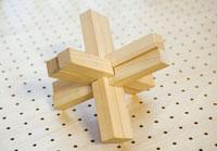 ご来店頂いたお客様に手作り木製遊具プレゼント!